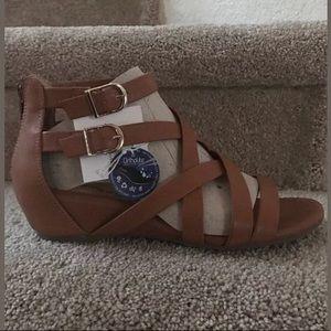 a4de1f079922 croft   barrow Shoes - Sz 8 Wide Croft   Barrow Cognac Gladiator sandals